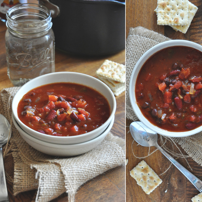 Bowls of Vegan Beer Chili surrounded by saltine crackers