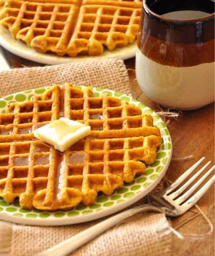 Vegan Pumpkin Cornbread Waffles