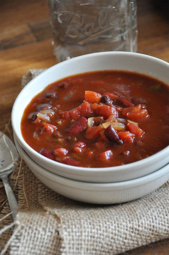 Bowl of hearty Vegan Beer Chili made with beans and vegetables