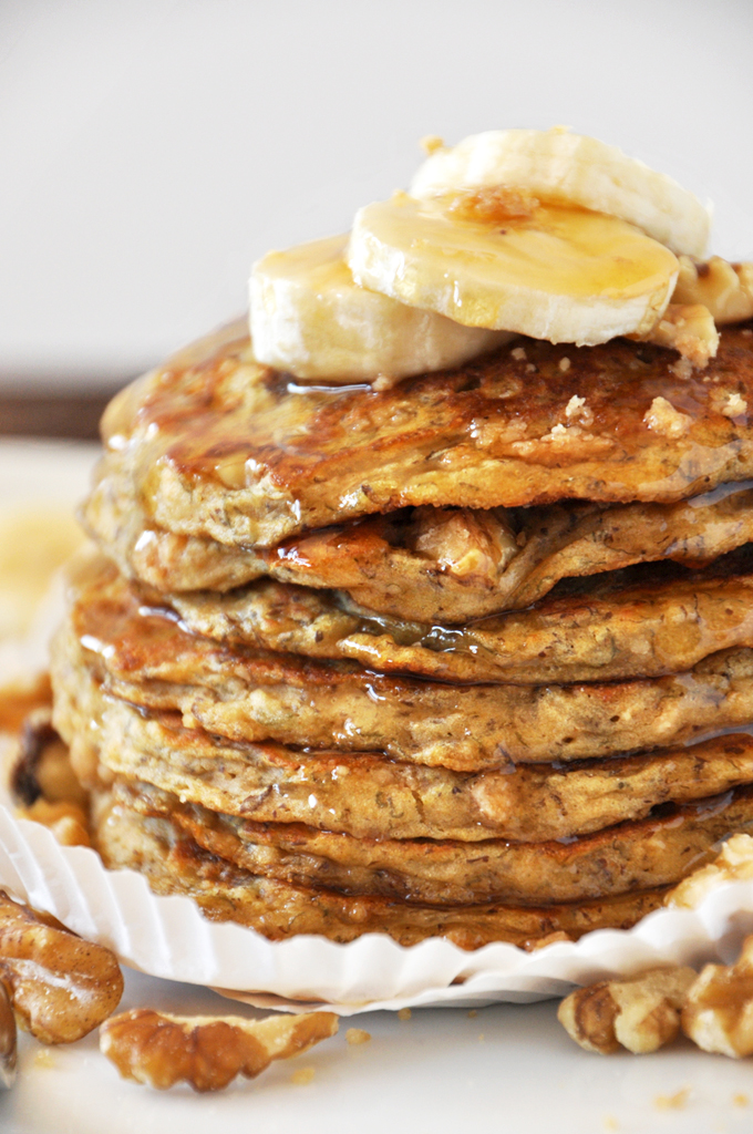 vegan banana nut muffin pancakes minimalist baker recipes. Black Bedroom Furniture Sets. Home Design Ideas