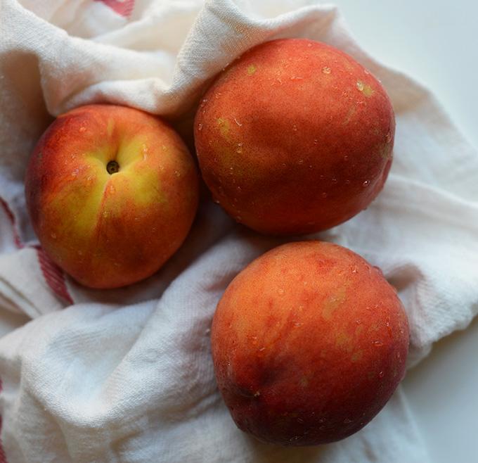 Fresh peaches for making homemade popsicles