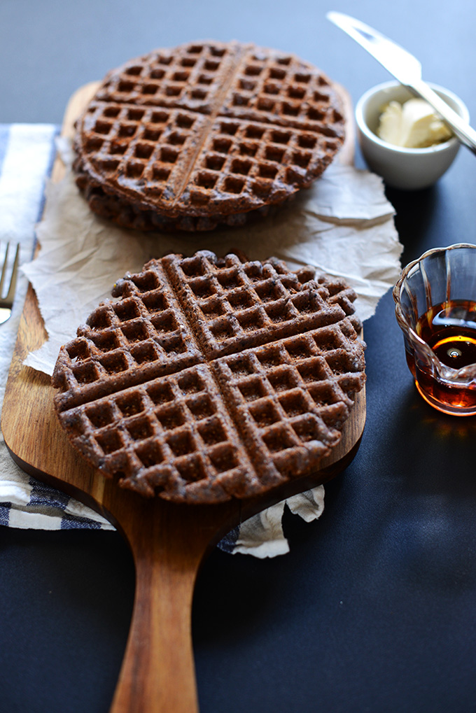 Vegan Blue Cornmeal Waffles | Minimalist Baker Recipes