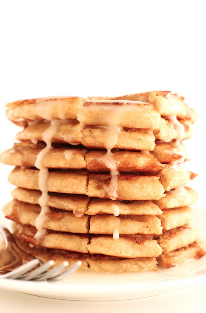 Fluffy Vegan Cinnamon Roll Pancakes! minimalistbaker.com #minimalistbaker