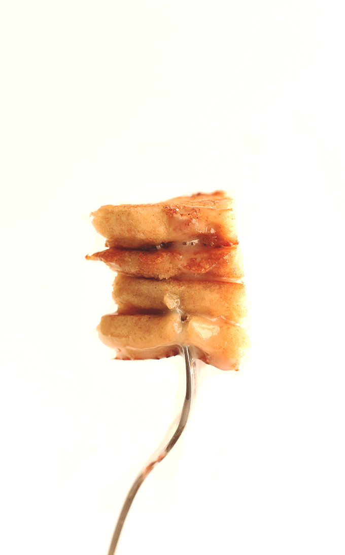 Vegan Cinnamon Roll Pancakes #minimalistbaker