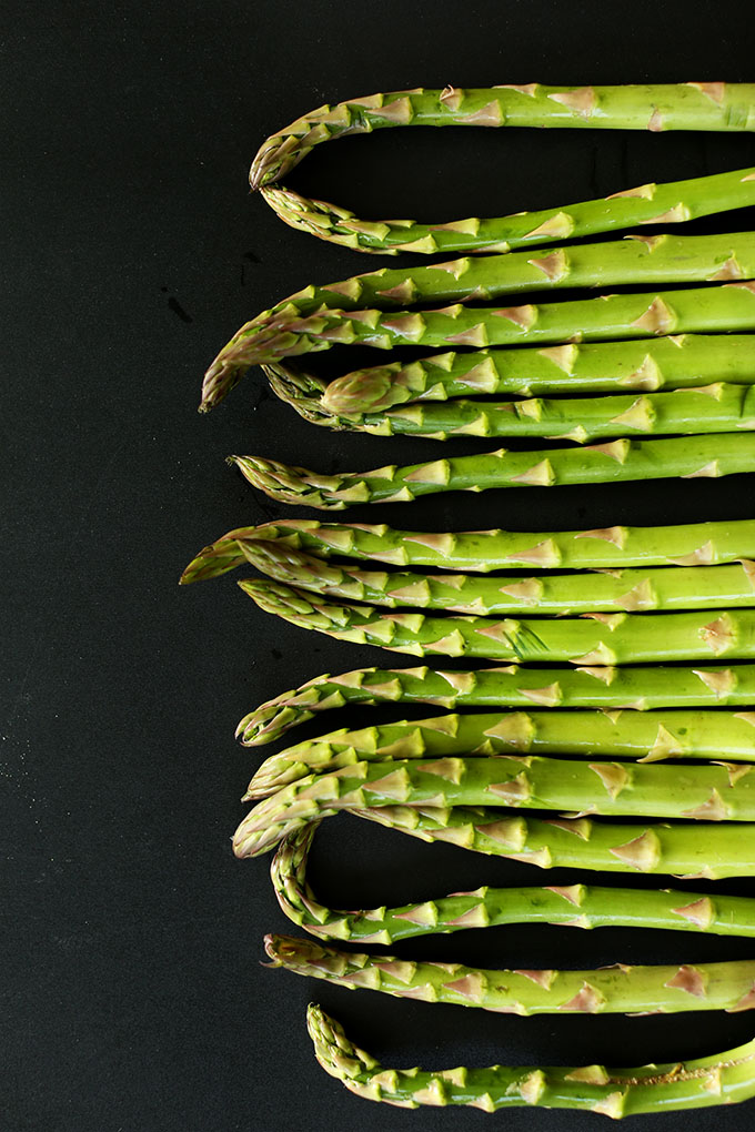 Fresh asparagus spears for making Vegan Asparagus Gratin