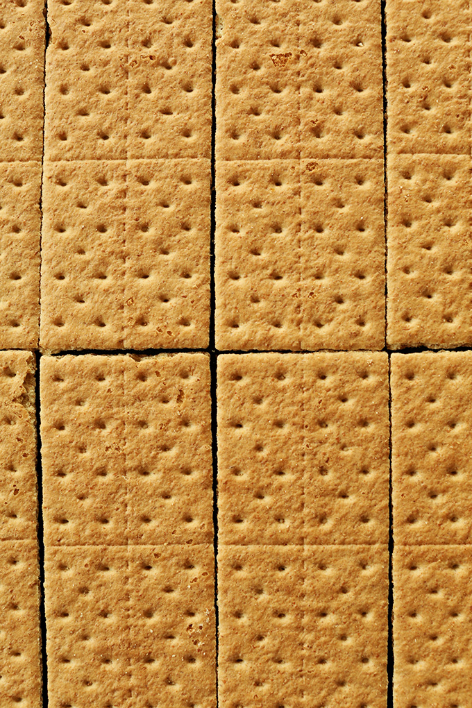 Graham crackers for making a vegan graham cracker crust