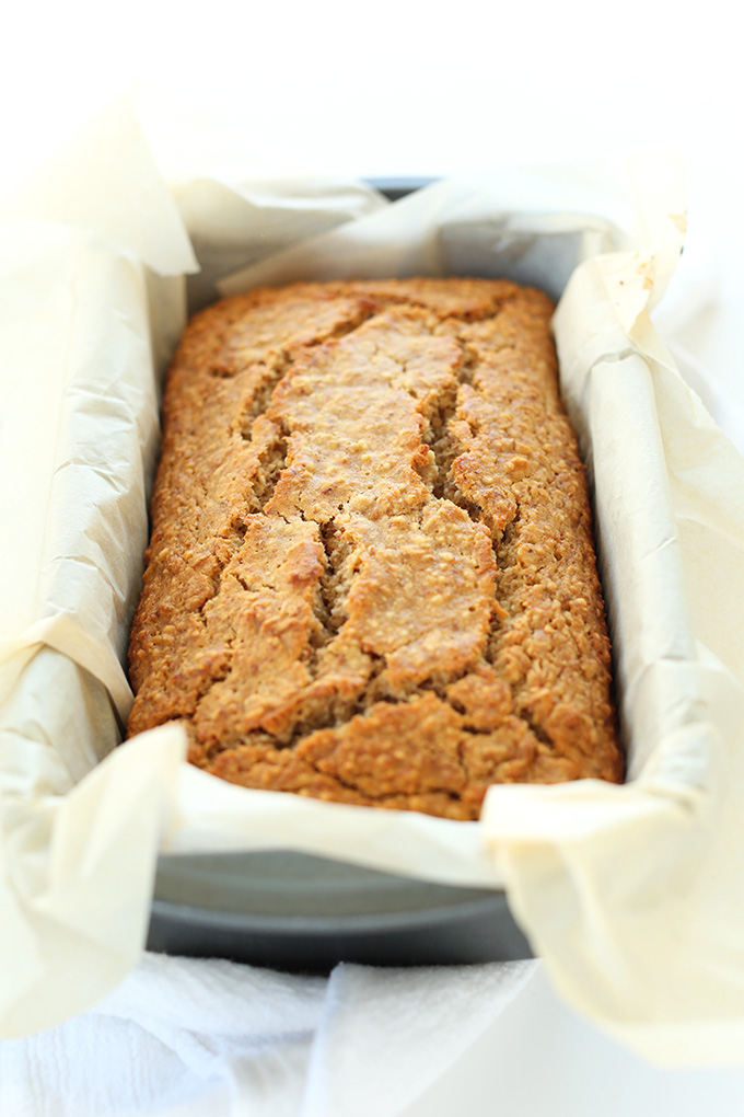 1-Bowl Gluten-Free Banana Bread! So moist, hearty and delicious #glutenfree #minimalistbaker