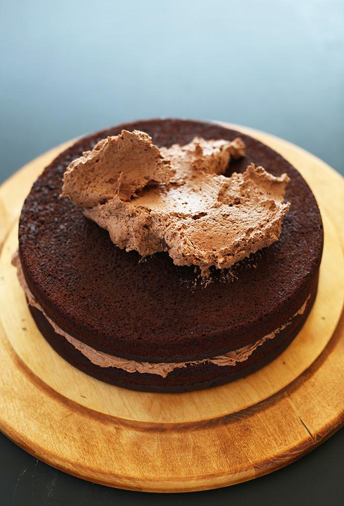1-Bowl Vegan Chocolate Cake! minimalistbaker.com #minimalistbaker