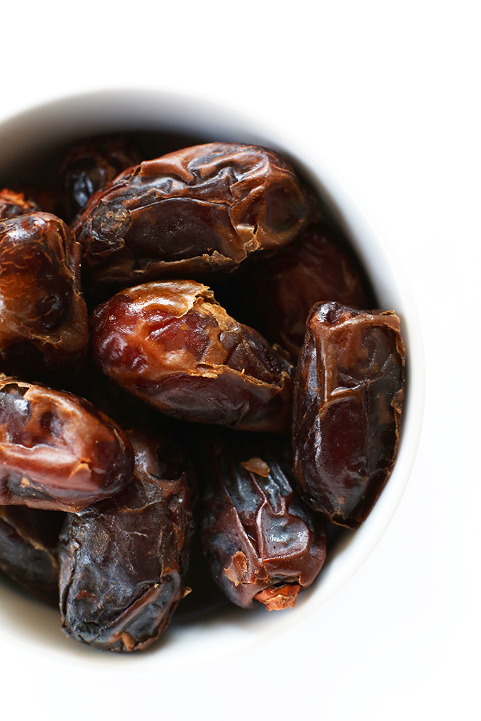 Bowl of dates for making date-sweetened granola bars