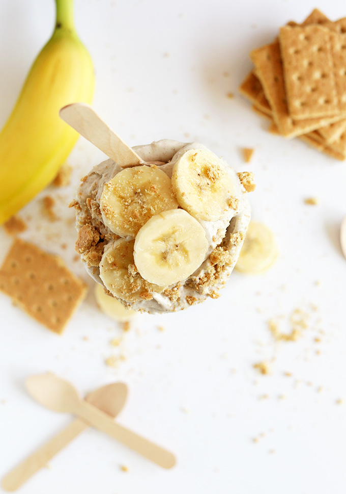 Top down shot of a vegan Banana Cream Pie topped with sliced banana and graham cracker crumble