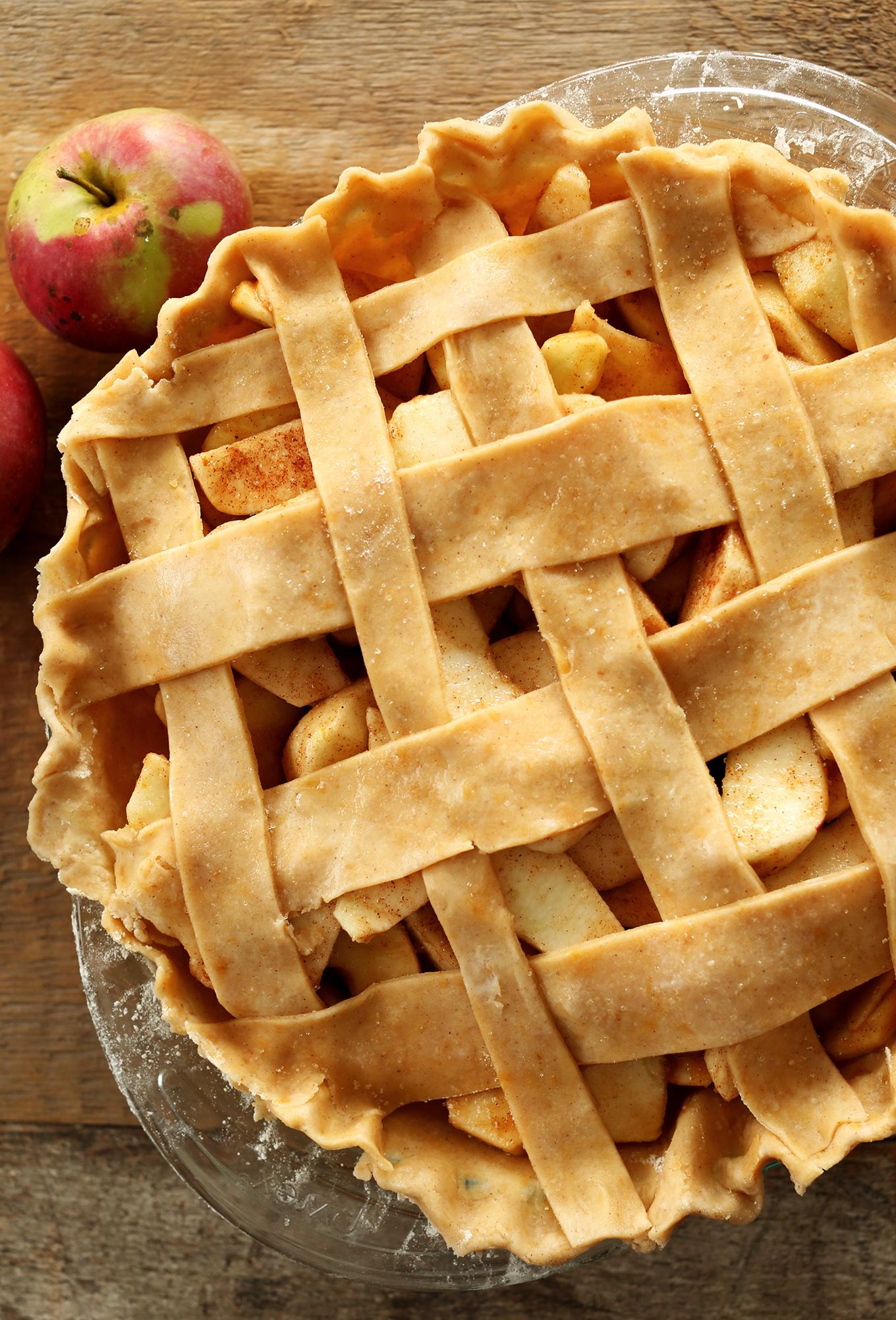 Delicious vegan Pumpkin Spiced Apple Pie with a lattice top
