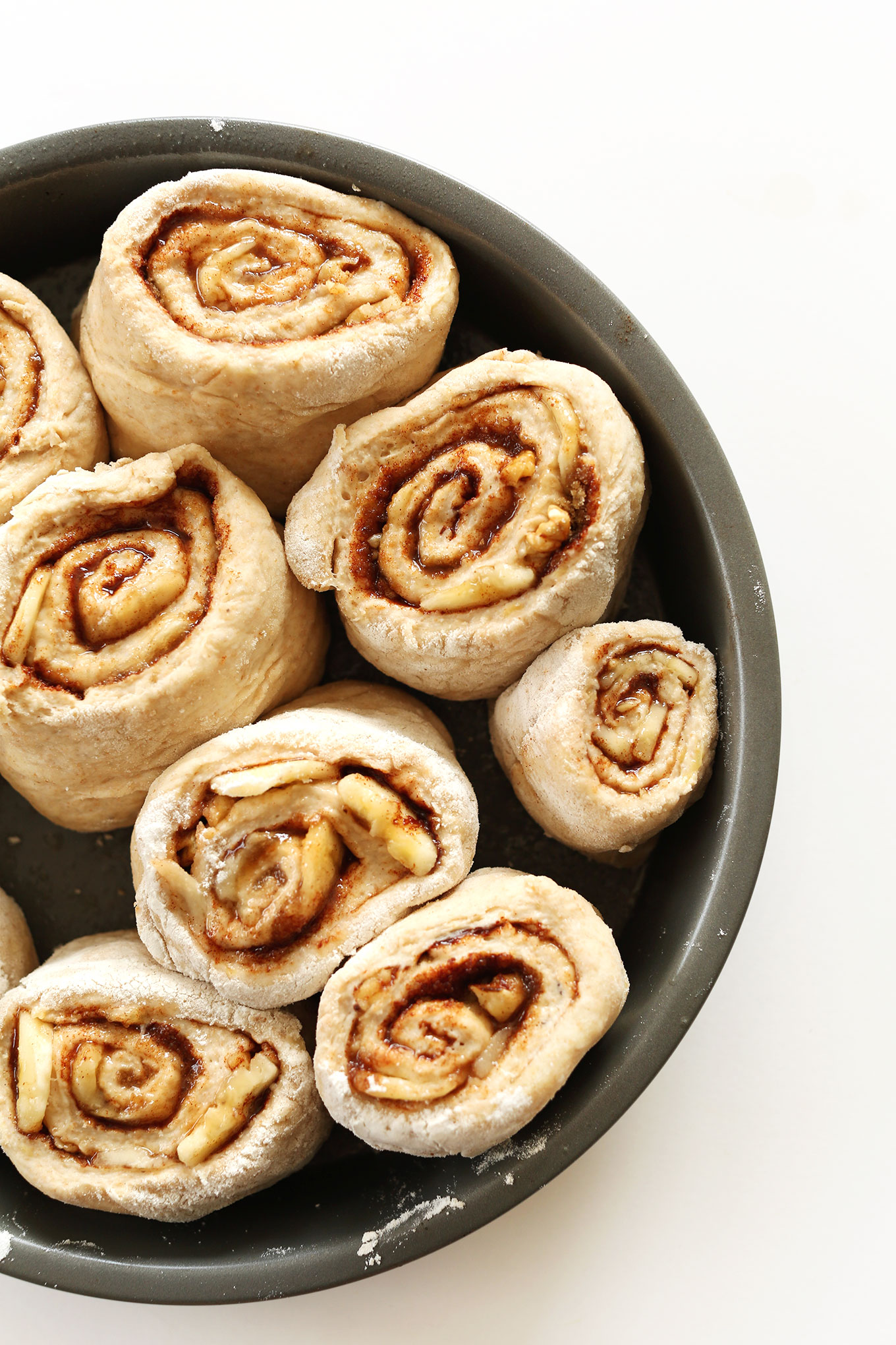 Banana Bread Cinnamon Rolls | Minimalist Baker Recipes