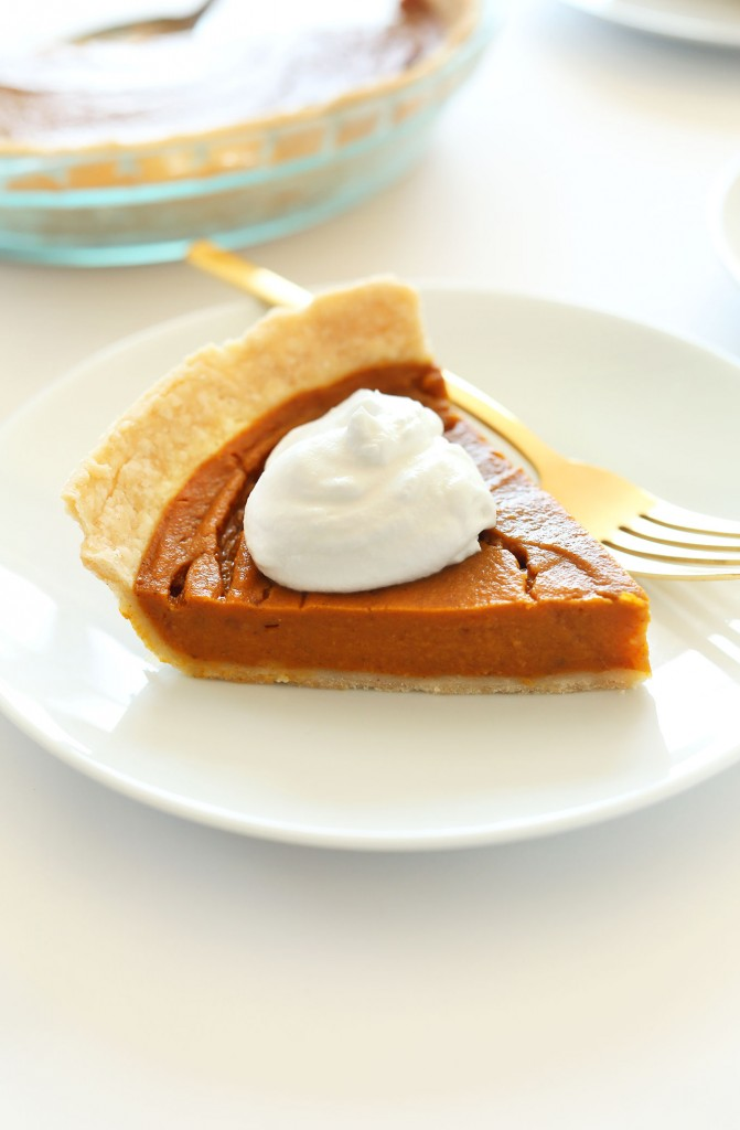THE BEST Vegan Gluten Free Pumpkin Pie! 10 ingredients, simple methods, SO delicious!