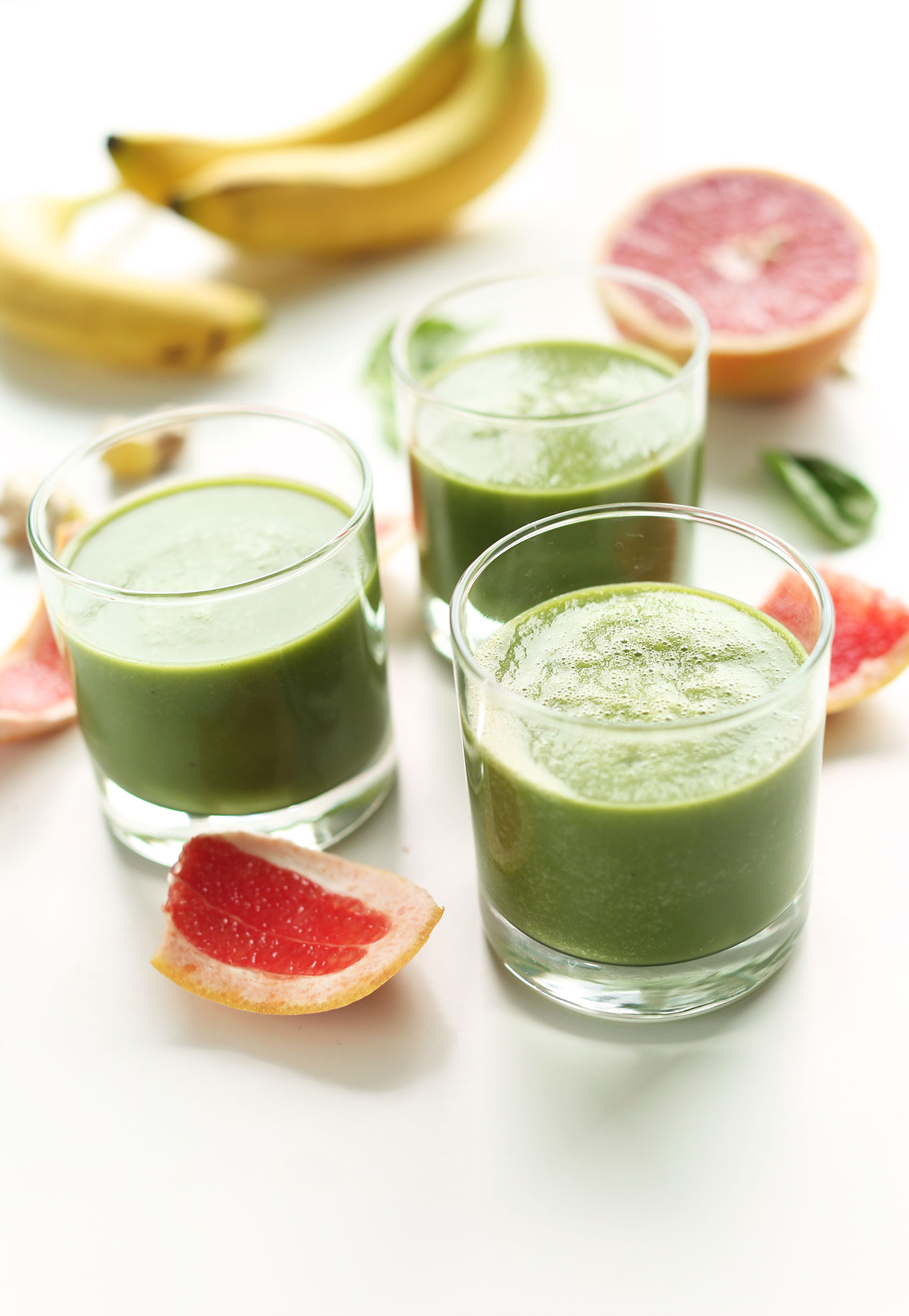 Glasses of our naturally detoxifying Grapefruit Green Smoothie