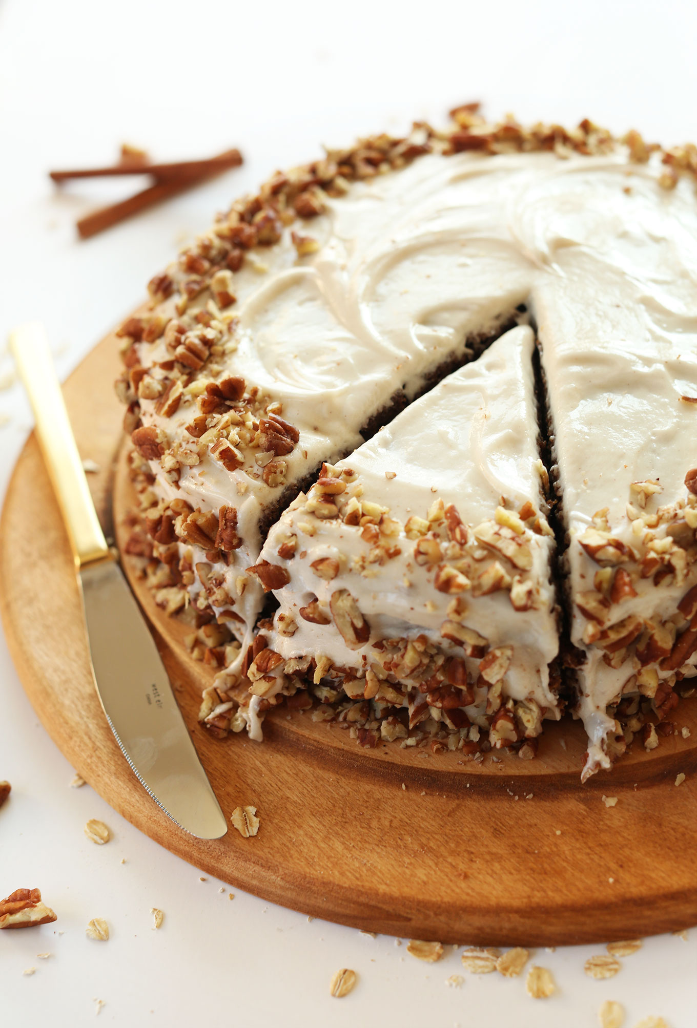 Apple Gingerbread Cake With Cream