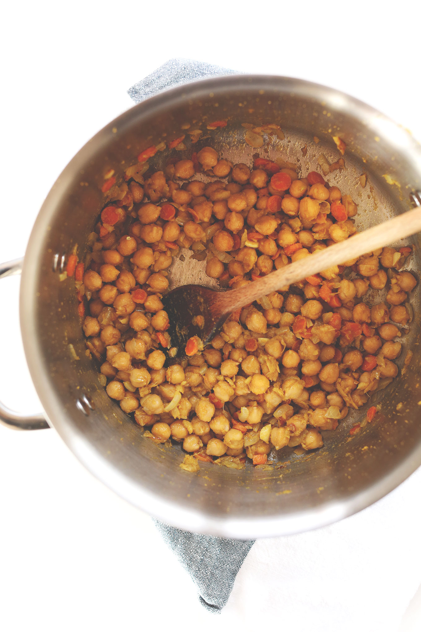 Cooking chickpeas for our simple Green Chickpea Curry recipe