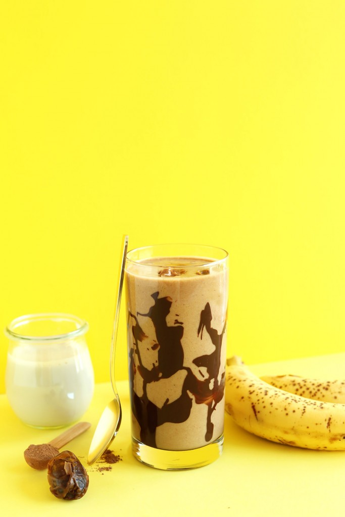 HEALTHY Thick Creamy Banana Peanut Butter Chocolate Shake! Just 5 ingredients and SO delicious! #vegan #glutenfree #banana