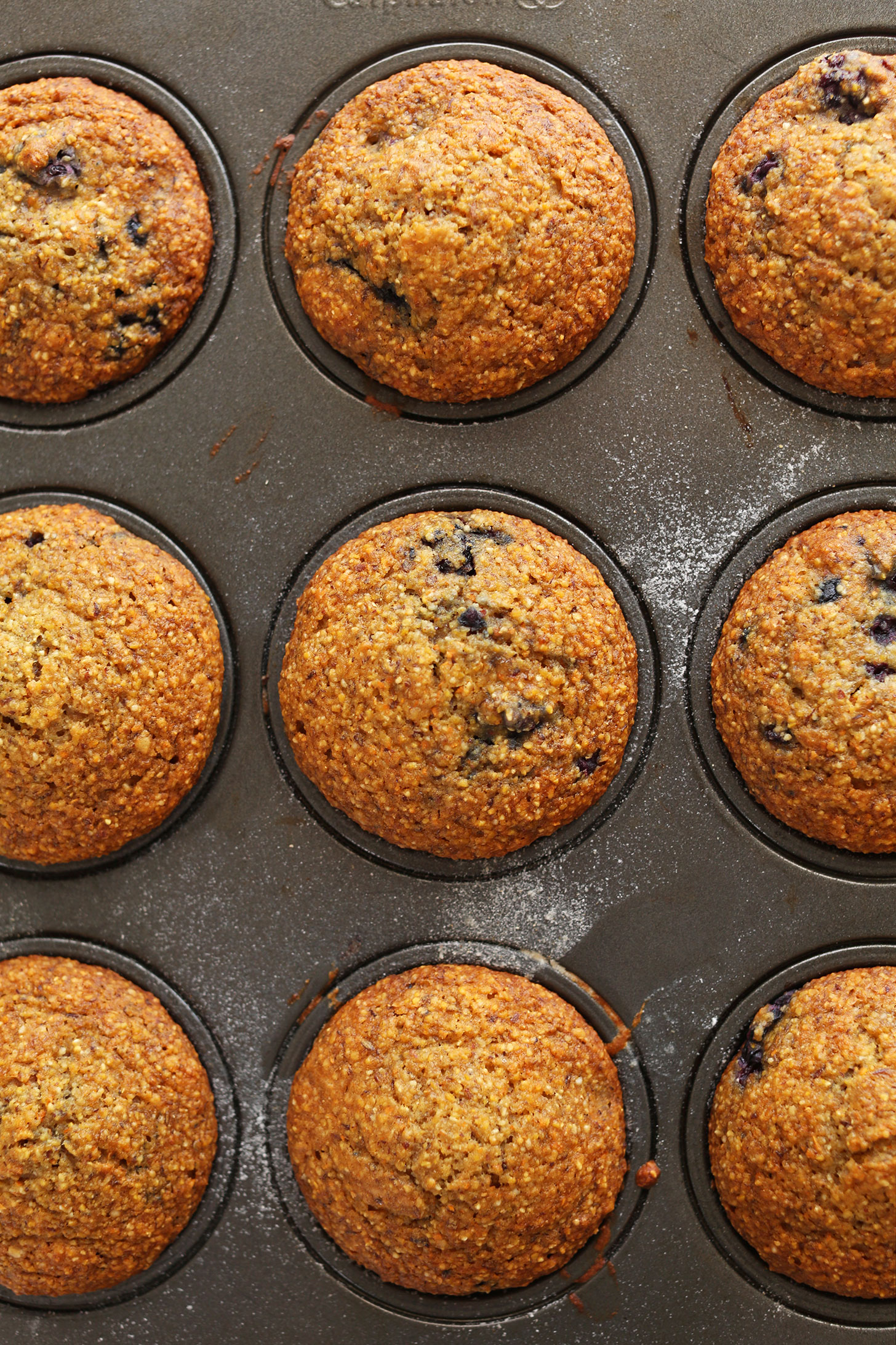 1-Bowl Blackberry Cornmeal Muffins
