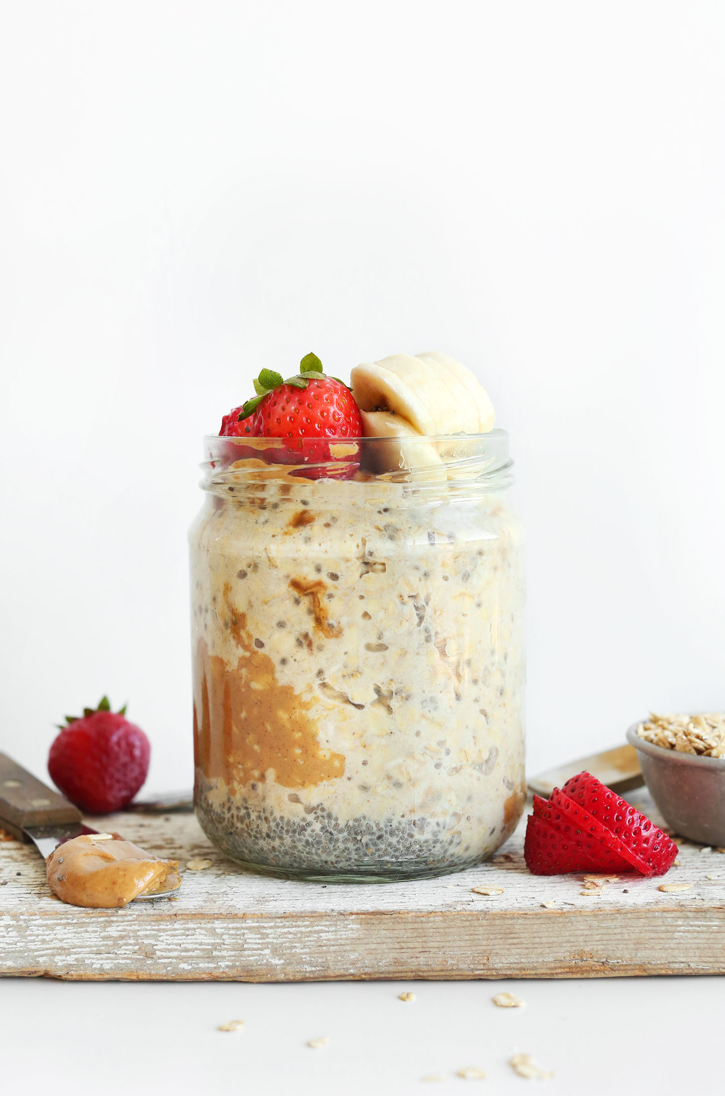 Jar of Peanut Butter Overnight Oats for a delicious vegan breakfast