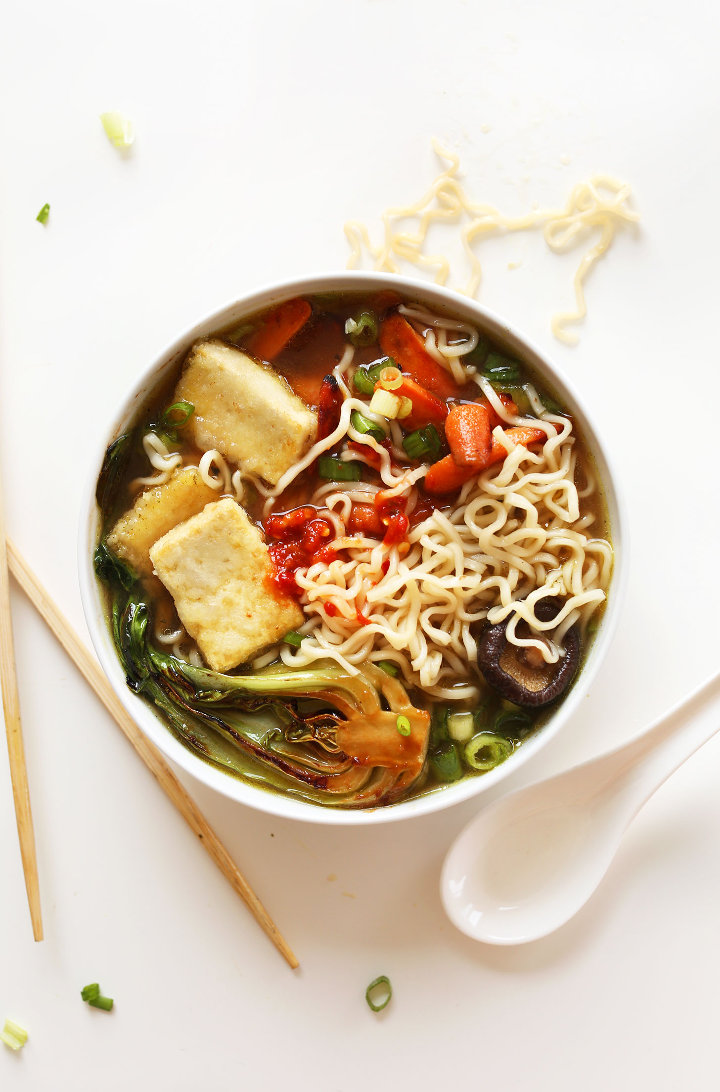 AMAZING Vegan Ramen with just 10 ingredients! Simple methods, plant ...