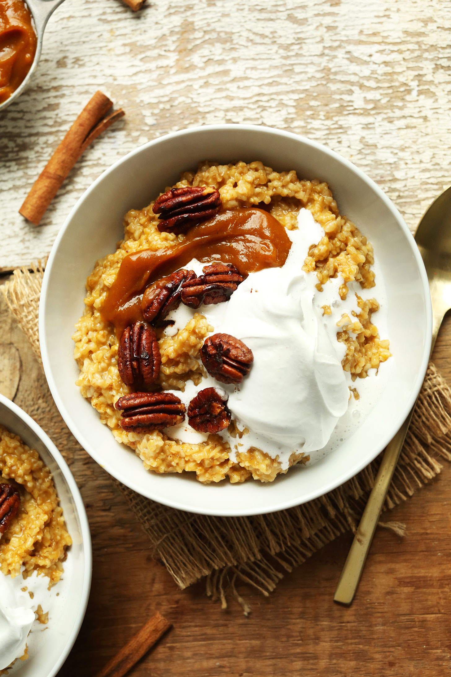 Close up shot of a bowl of indulgent, yet healthy vegan Pumpkin Pie Oats