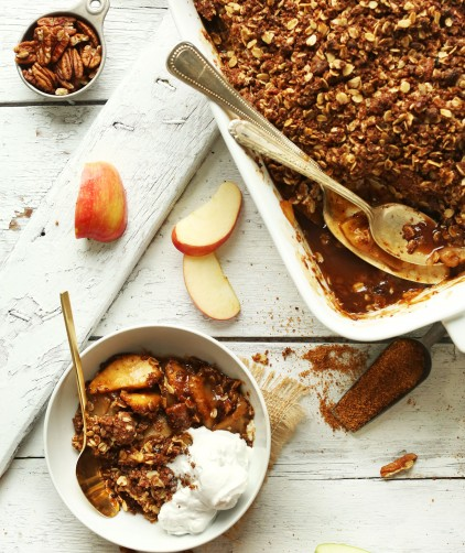 Dessert bowl with the best Vegan Apple Crisp with a Pecan-Oat Topping