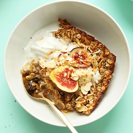 Bowl of Toasted Coconut Baked Oatmeal topped with fresh figs