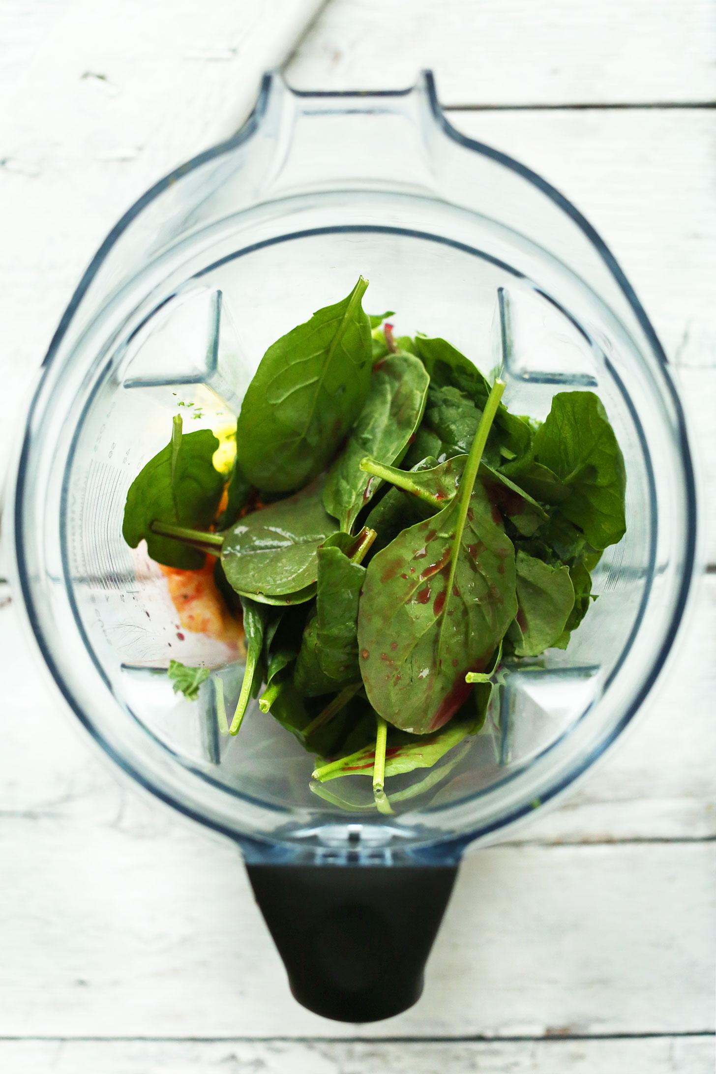 6-Ingredient Blood Orange Green SMOOTHIE! #vegan #smoothie #glutenfree #greensmoothie #healthy #minimalistbaker