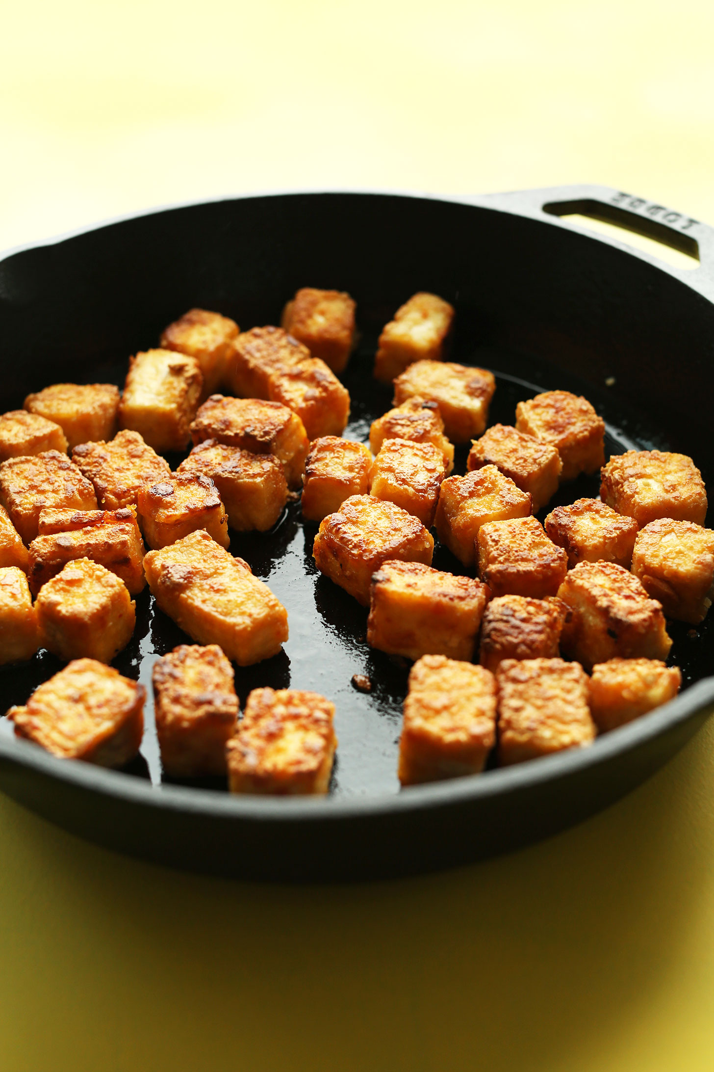 Using a cast-iron skillet to make crispy tofu