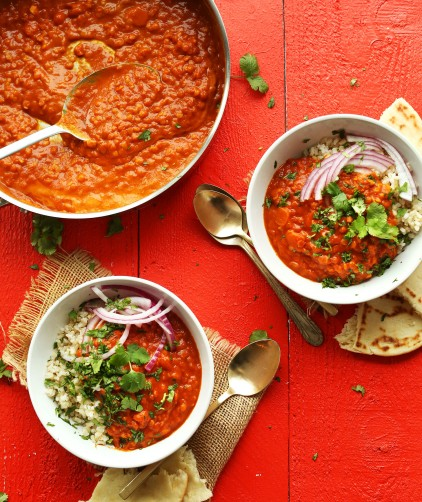 Dinner bowls with our spicy red lentil curry recipe for a filling plant-based meal