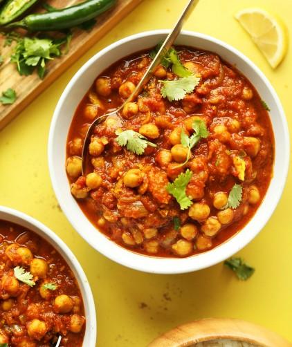 Bowls of our healthy vegan Chana Masala recipe