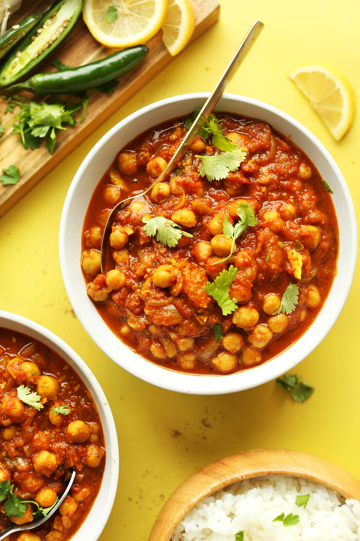 Easy chana masala minimalist baker recipes bowls of our homemade gluten free vegan chana masala recipe with rice jalapeno forumfinder Images