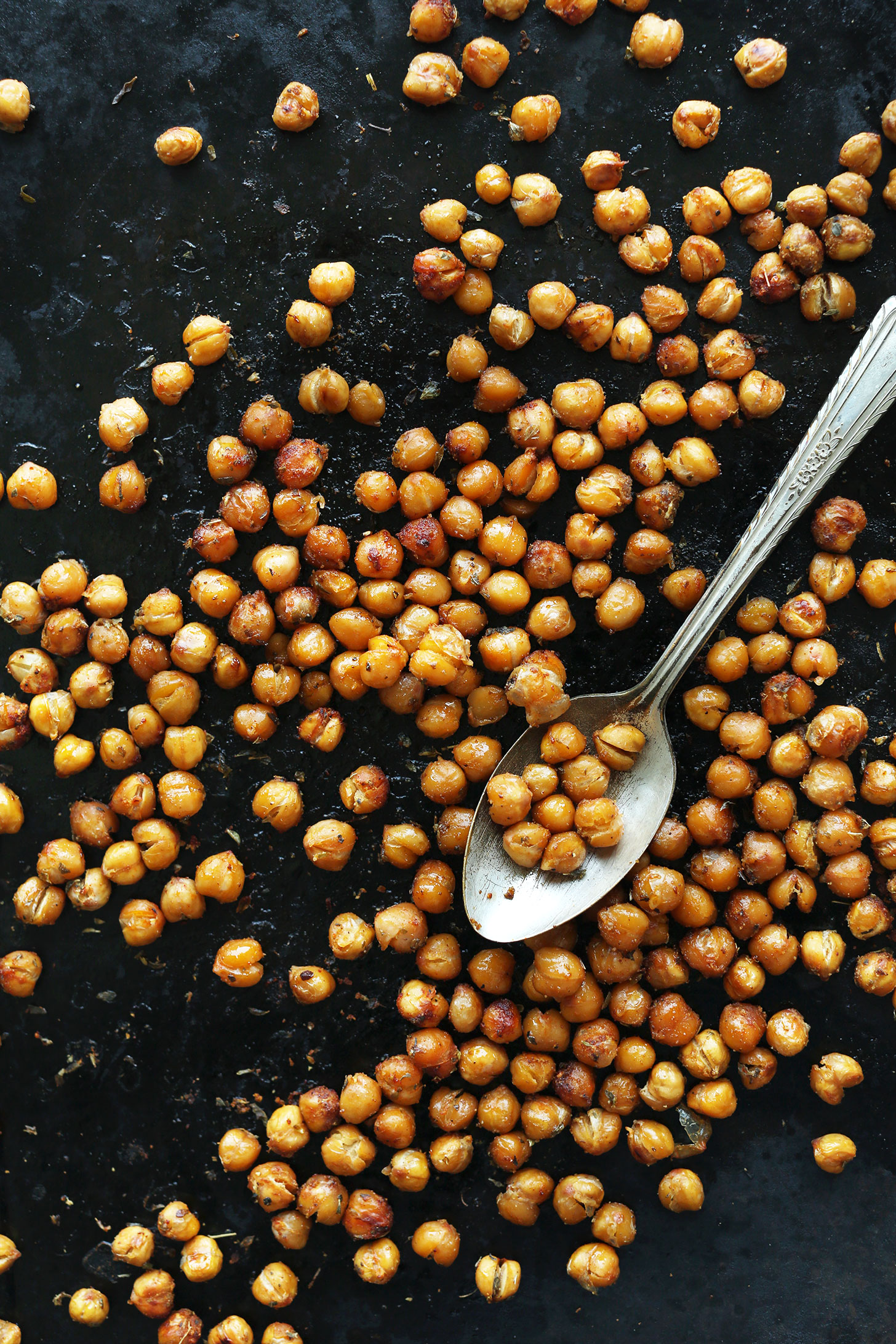 Baking sheet with crispy roasted chickpeas for a whole meal summer salad