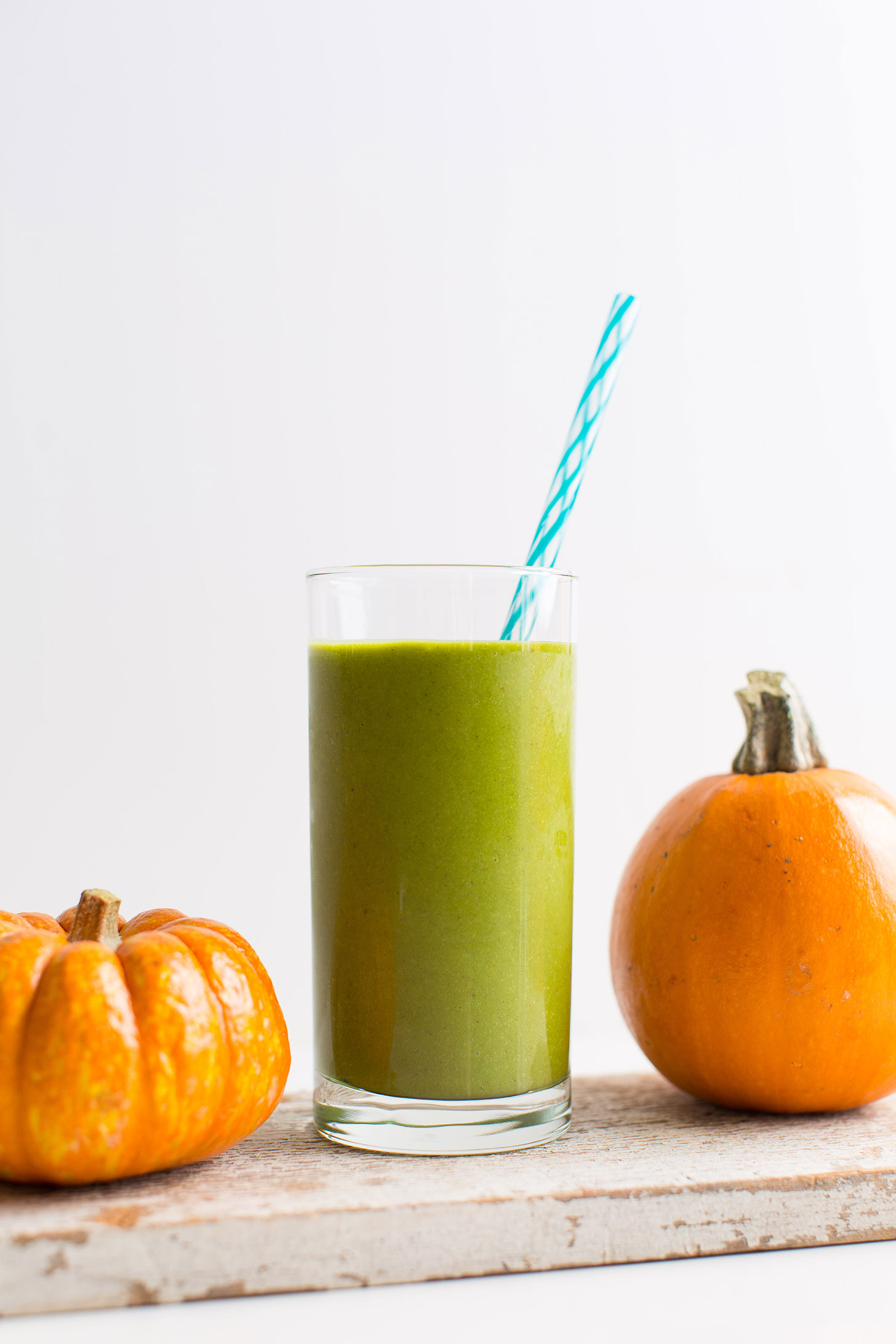 A tall glass of our gluten-free vegan Green Pumpkin Pie Smoothie