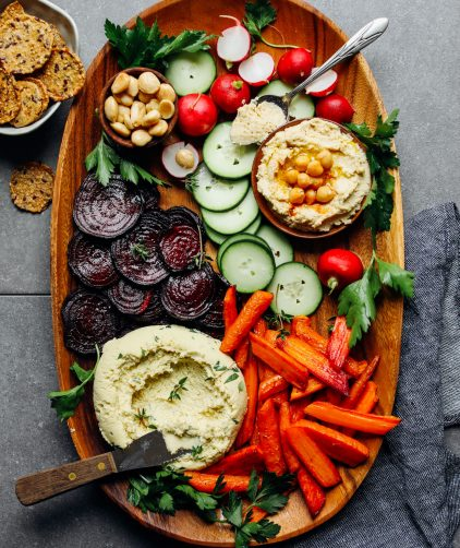 5-Minute Macadamia Cheese + Vegan Crudité!