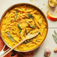 Large pan of gluten-free vegan Pumpkin Mac 'n' Cheese for a comforting plant-based meal