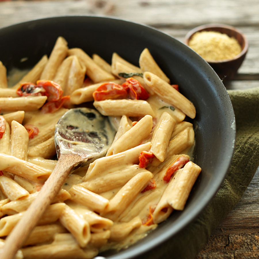 Skillet of our Creamy Garlic Pasta with Roasted Tomatoes recipe