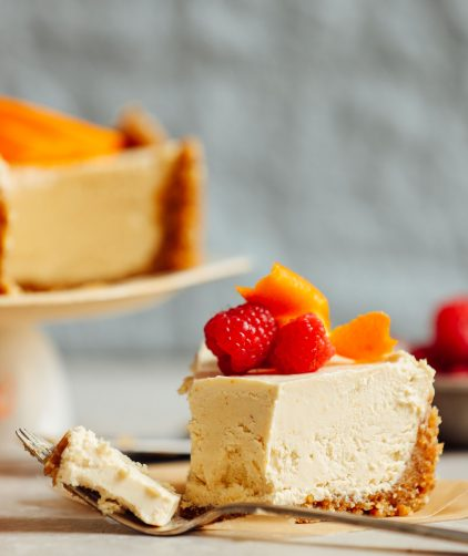 Vegan No-Bake Coconut Yogurt Cheesecake