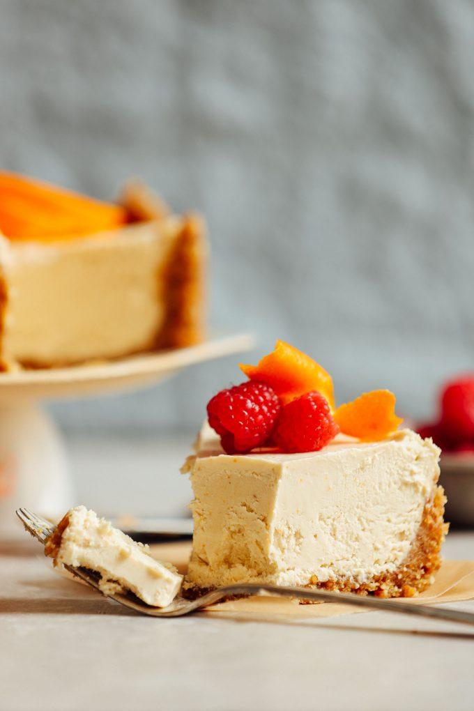 Vegan No-Bake Coconut Yogurt Cheesecake