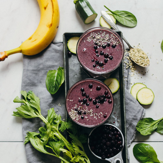 SUPER HEALTHY Zucchini Berry Smoothie! 8 nutrient-packed ingredients, 1 blender, 5 minutes, SO CREAMY! #vegan #glutenfree #raw #zucchini #smoothie #plantbased #recipe #minimalistbaker