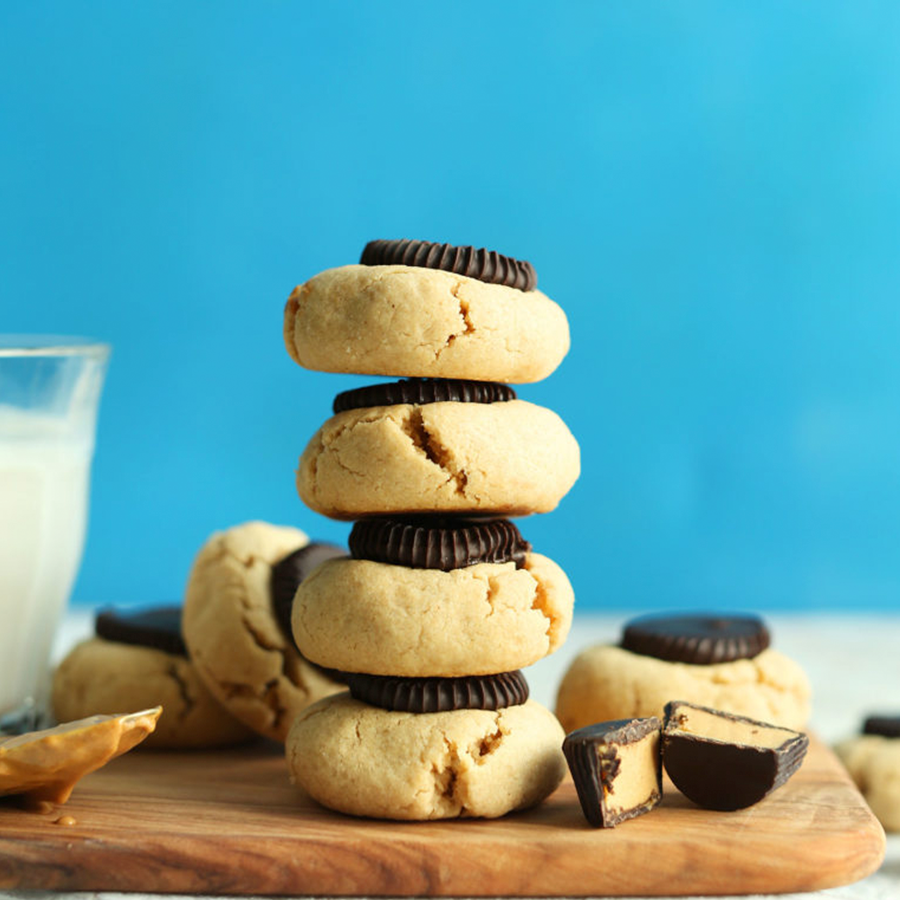 Peanut Butter Cup Cookies stacked tall for our roundup of Easy Vegan Easter Treats