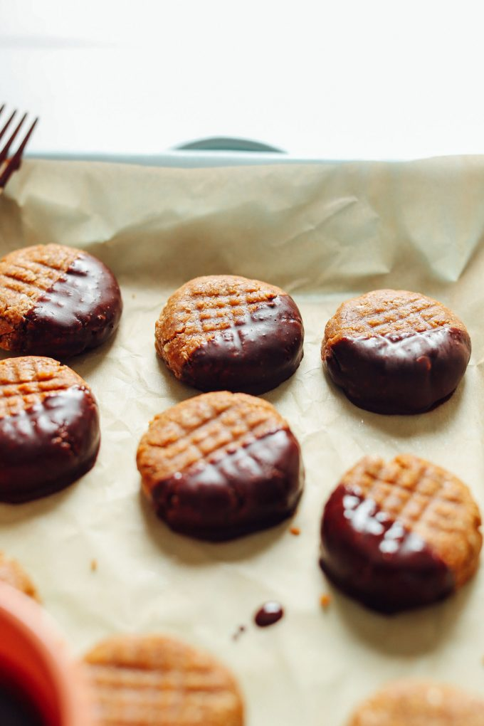 3-Ingredient No-Bake Peanut Butter Cookies