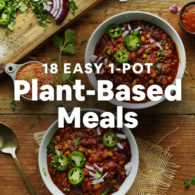 18 Easy 1-Pot Plant-Based Meals text overlaid on bowls of chili