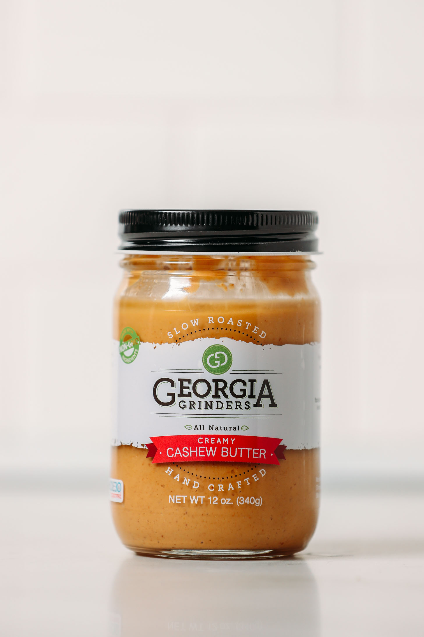 Jar of Georgia Grinders Creamy Cashew Butter as part of our cashew butters review