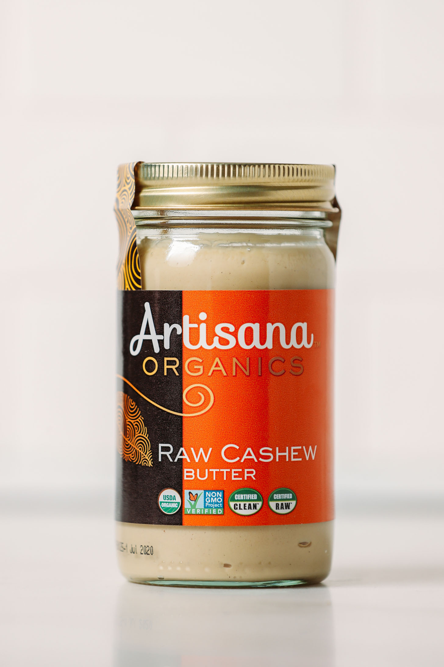 Jar of Artisana Raw Cashew Butter for our unbiased review of various cashew butter brands