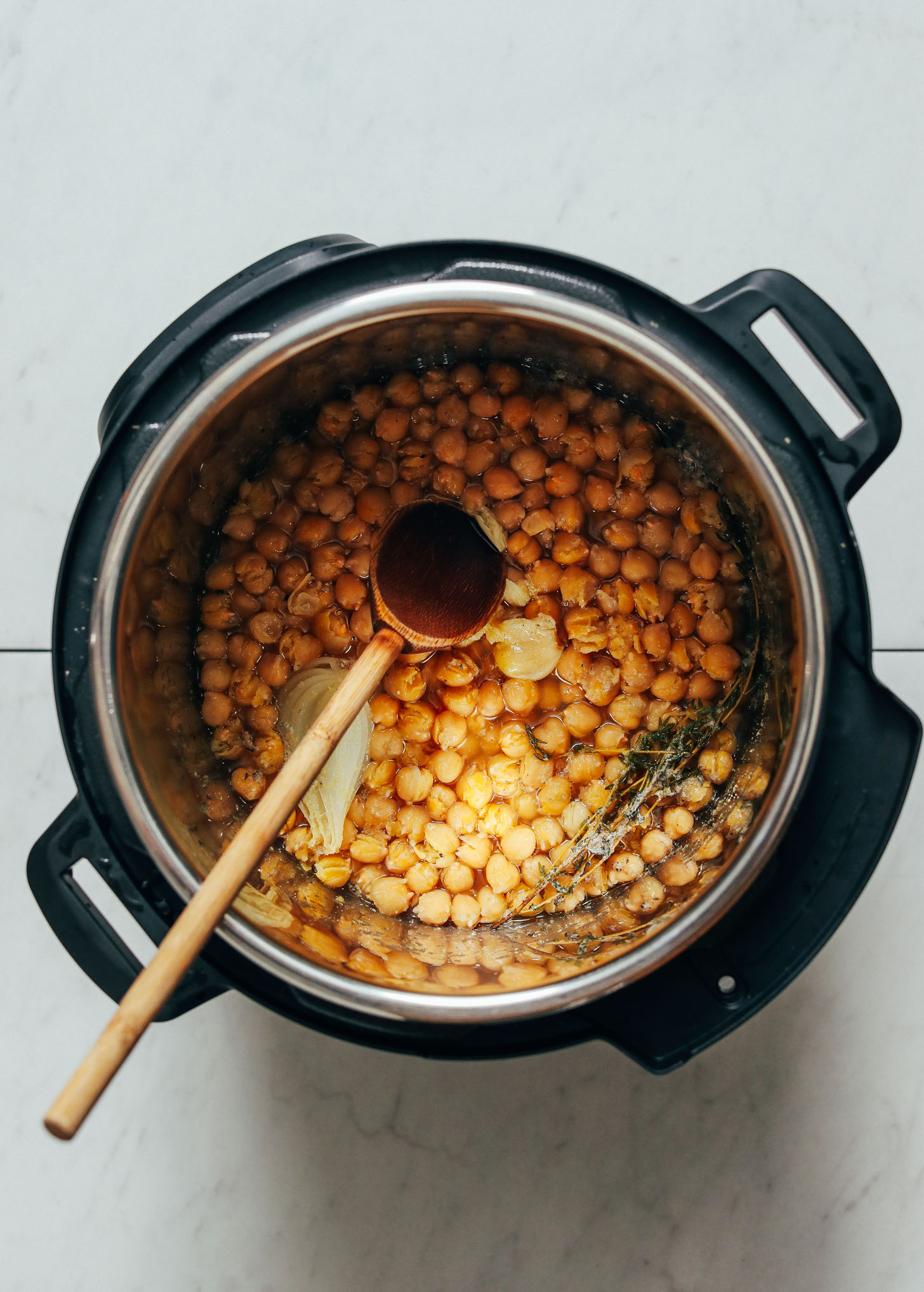 Perfectly cooked, tender chickpeas in Instant Pot
