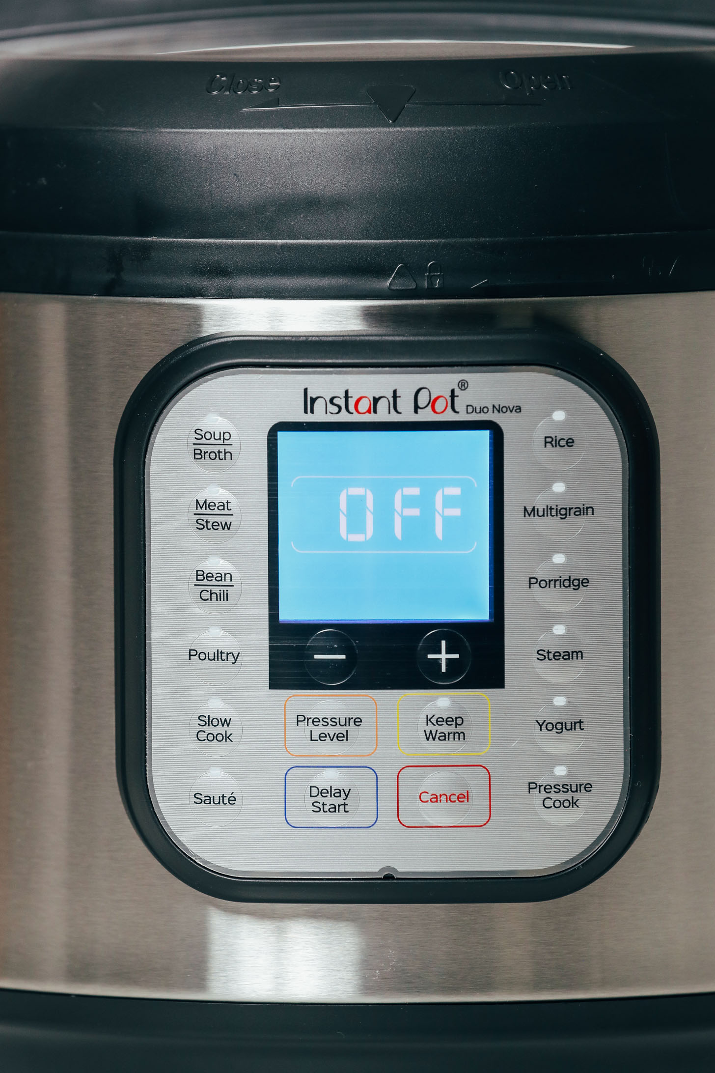 Front view of the Instant Pot Duo Nova display panel