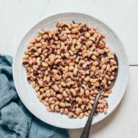 Bowl of perfectly tender black eyed peas