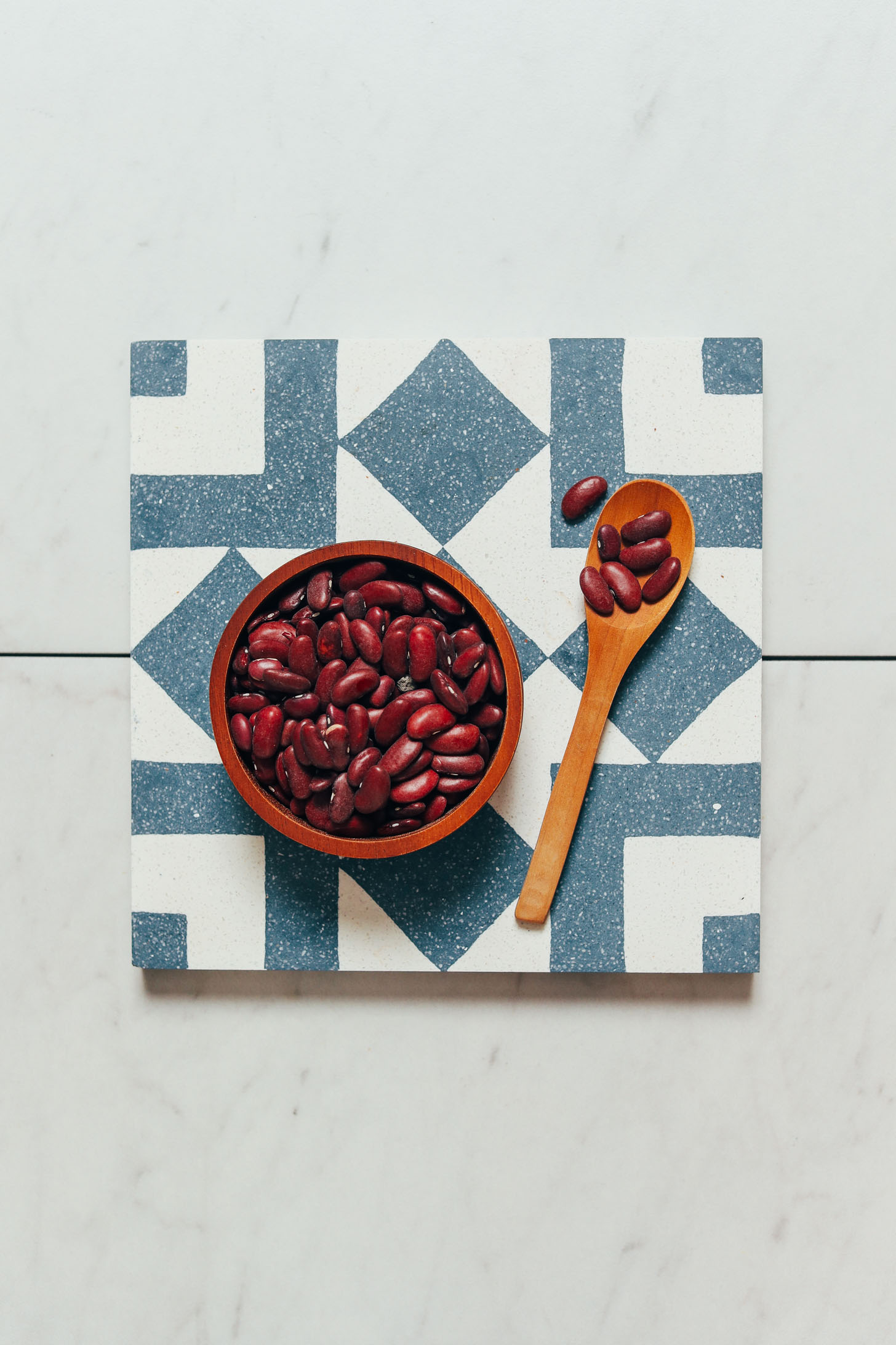 Spoon and bowl of red kidney beans