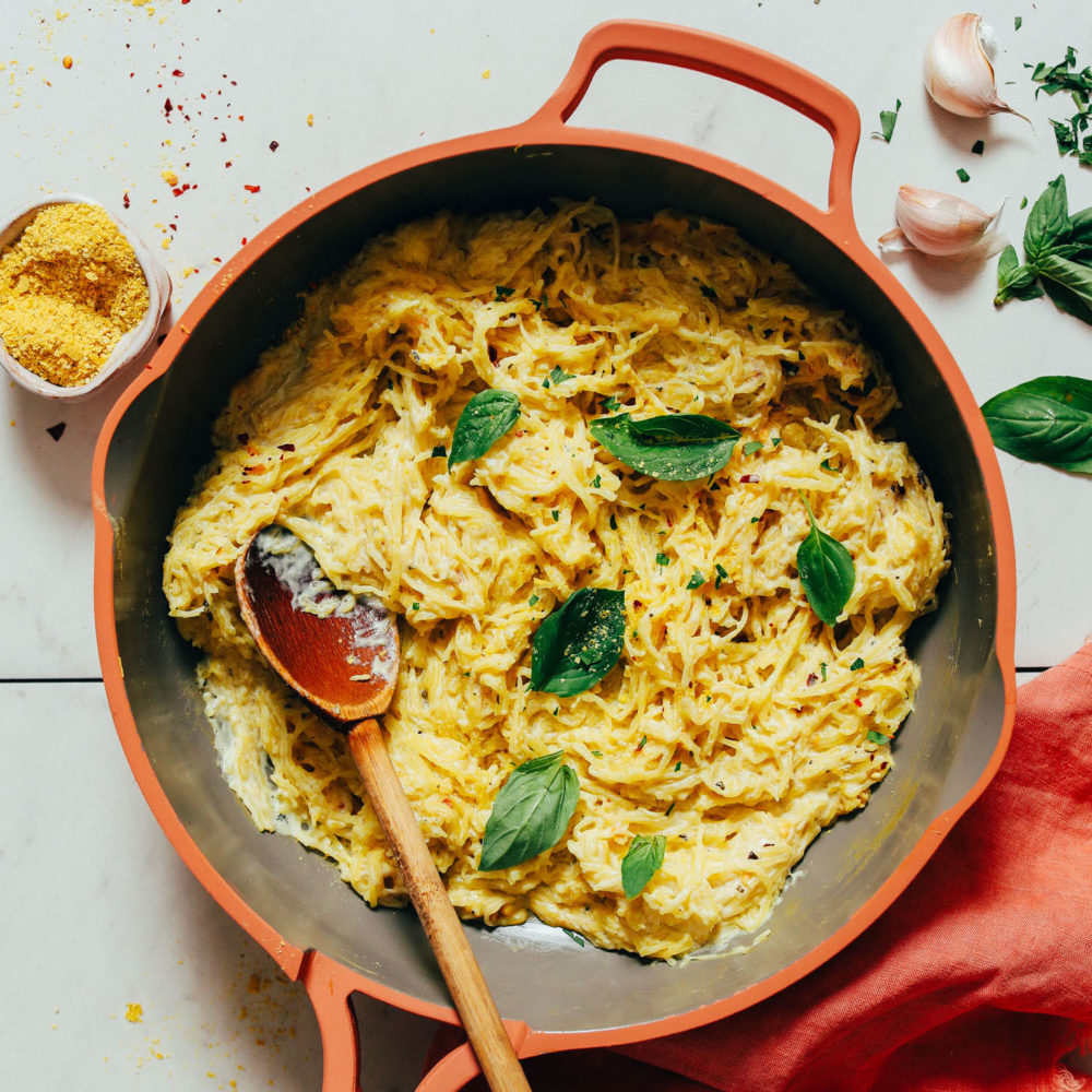 Pan of garlicky vegan alfredo spaghetti squash pasta
